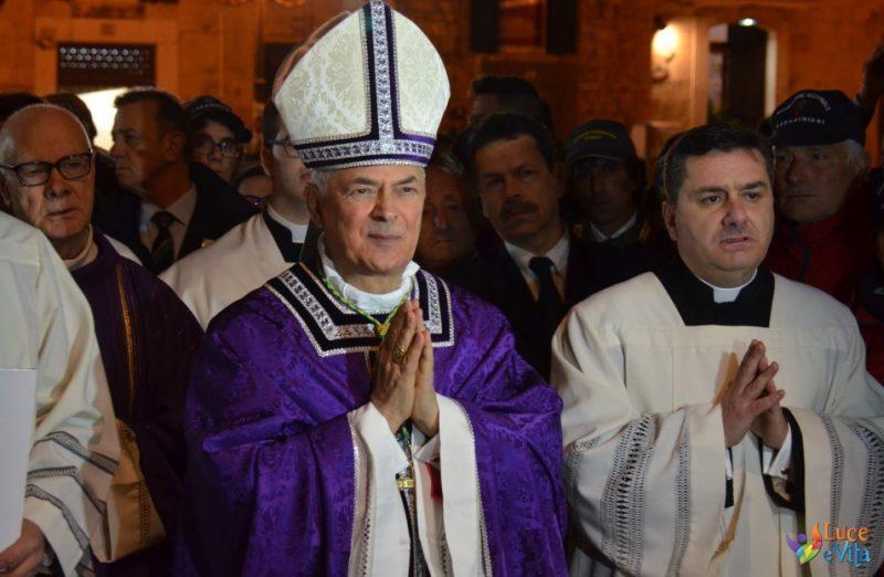 vescovo_cornacchia