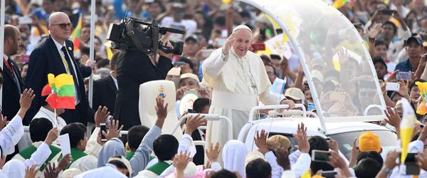 Image result for circo massimo papa francesco