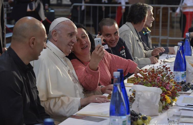 Papa e poveri