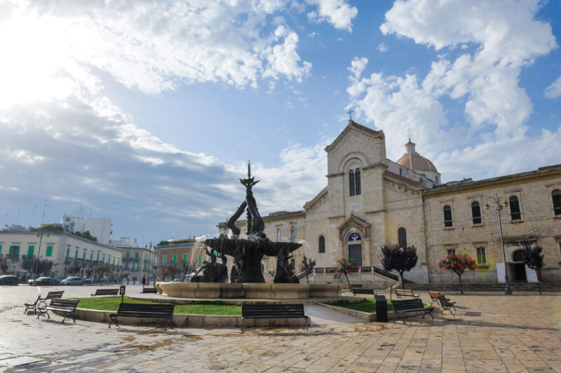 Foto-facciata-Chiesa---Dino-Mottola