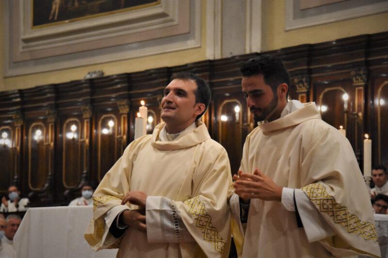 don ignazio e don massimiliano presbiteri
